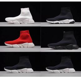 timeless design 1b069 b606c Alta qualità economici 2018 donne uomini calzino scarpe da corsa nero  bianco rosso velocità allenatore sportivo sneakers Top scarpe casual uomo  36-45 bianco ...