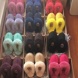 Unisex UG Inverno Chinelos De Pele Das Mulheres Dos Homens Botas Curtas Designer de Camurça Sandálias de Inverno Senhoras Botas de Neve Designer de Inicialização Sapatos de Couro Quente 17 Cor