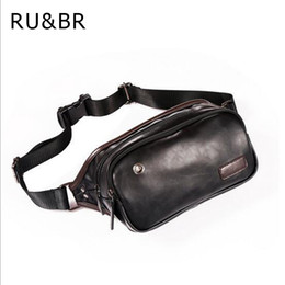 Pequeño paquete de cintura impermeable online-RUBR Nuevos bolsos de cintura de cuero de vaca Ocio Hombres bolsillos pequeños Sólido Sólido Impermeable Bolsa de pecho Marea de la moda Paquetes masculinos