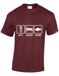 EAT SLEEP CARP MENS T SHIRT BAIT FLY FISHY ROD HOOK COMUNE GRASS MIRROR S-XXXL da erbe comuni fornitori