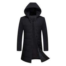 93aaa64f5d01 Europäische Art-wasserdichte starke Winter-Mann-unten Jacke Marken-Kleidung  mit Kapuze warmer langer Entendaunen-Mantel-männliche Puffer-Jacke CO073