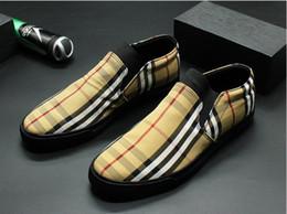 209cfd17 Zapatos casuales zapatos planos, nuevos zapatos de lona a cuadros hombres  jóvenes baja tablero superior zapato web celebridad social joven individual  ...