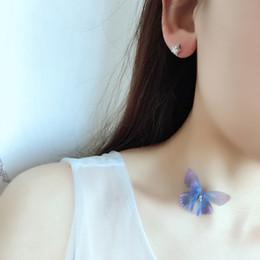 2019 chokers della farfalla Intera vendita2017 Elegante coreano design a due strati filato ali di farfalla collana donne invisibile nastro di pesce clavicola collana choker sconti chokers della farfalla
