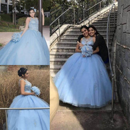 vestidos de vestidos de quinceañera Desconto 2018 graciosa luz céu azul vestido de baile quinceanera vestidos com jóias sem mangas rendas apliques frisado ocasião especial vestidos de baile