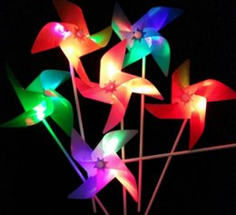 Wholesale Led Flash Windmill - HOT Creative LED Flashing flash windmill colorful four-leaf gathering contains batteries Christmas Toys Room Dress Up