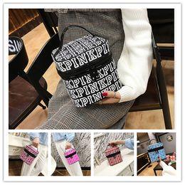 Wholesale Portable Make Up Cases - PINK Makeup Bag Love Pink Cosmetic Bags Double Zipper Handbag Portable Storage Bag VS kylie brushes eye shadow Make up washing Bags sale
