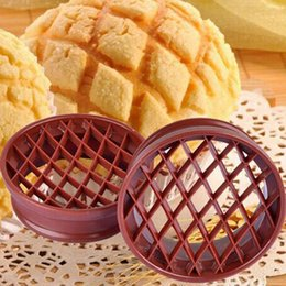 Wholesale Plastic Moulding Supplies - 1Pc Plastic Cake Bread Mold Pineapple Dome Bun Mould Bakery Supply Plunger Cutter Mold Baking Bakeware Lattice Bread Mould Tool