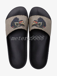 Wholesale Girls Navy Flats - mens and womens fashion wolf print scuffs boys girls unisex angry wolf slide sandals flip flops with rubber sole