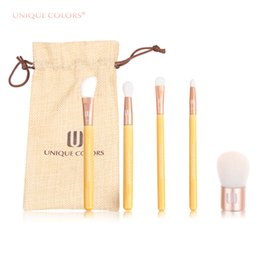 Wholesale Unique Bamboo - UNIQUE COLORS 5pcs Makeup Brushes Set For Blush Eyes Shadow Foundation Make Up Brushes Cosmetics Soft Hair Natural Bamboo Handle