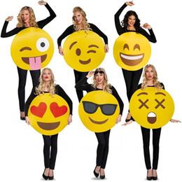 costumi personalizzati su supereroi Sconti Emoticon Unisex per adulti Emoji Face Donna o Mens Sandwich Board Costume divertente per Halloween o San Valentino One-Size 6 Styles