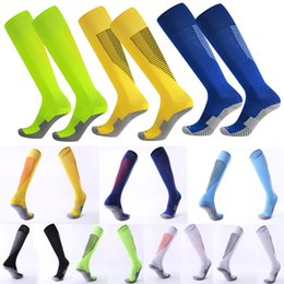Wholesale Racing Performance - Custom LOG Non-Slip Stripes Football Socks for Men & Women Running Flight Travel Nurses-Boost Performance Blood Circulation & Recovery G483Q