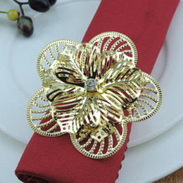 Wholesale gold wedding serviette - 100pcs Fashion Upscale Gold Flower Rhinestone Wedding Napkin Rings Serviette Holder Napkin Buckle Hotel Household Table Decors
