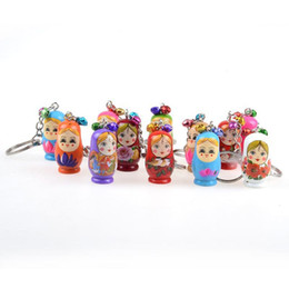 painting brass Promo Codes - Originality Small Gift Keys Chain Cartoon Characters Hand Painted Wooden Russian Doll Key Buckle Cute Puppet Charm Pendant Keyring 0 9tw jj