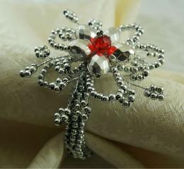 2019 venta al por mayor suministros de recepción de boda anillos de servilleta de cuentas de plata, titular de servilleta de flores de acrílico,