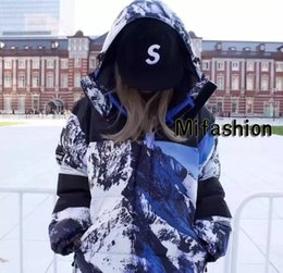 Wholesale Women Snow Jacket Xl - Europe Box Logo Snow Mountain Collab Thick Windproof jacket 17FW Warm Down Parkas Hooded Jacket Men Women Detachable Coat