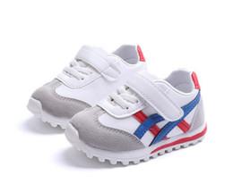 be67afb9efc73 Nouveau Retro Enfants Chaussures Retro Casual Chaussures Enfants Enfant  Garçons Filles Bébé Années Superstar Sneakers Chaussures