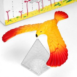 Toys & Hobbies Fast Deliver Magic Balancing Bird Science Desk Toy W/ Base Novelty Eagle Fun Learn Gag Baby Child Gift Top Watermelons