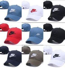 Donne di cappelli di modo di estate online-2018 Estate New brand mens cappelli firmati snapback regolabile berretti da baseball di lusso lady fashion hat trucker casquette donne berretto da baseball causale