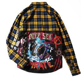 Blusas finas de moda online-Camisas para hombres Estampado de tiburones A cuadros Camisas masculinas Algodón fino Manga completa Camisa extendida Moda Casual Estilo universitario Primavera Pareja Blusa
