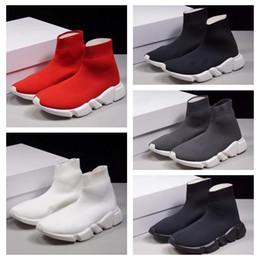 pretty nice 6f492 ead1e 2019 shoes triple s Cheap triple s Donna Uomo calzino scarpe da corsa nero  bianco rosso velocità allenatore sportivo sneakers stivali alti scarpe  casual ...