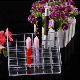 2020 estante de la caja de lápiz labial Ventas al por mayor Envío gratis 2018 Clear Acrylic 24 caja de almacenamiento de lápiz labial organizador de maquillaje titular de la caja pantalla cosmética estante de la caja de lápiz labial baratos
