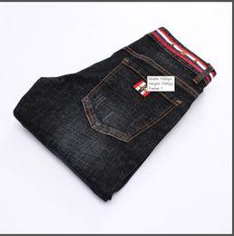 Micro jeans en Ligne-Hommes de haute qualité Black Designer Jeans Slim Feet Jeans Micro-élastique Homme 8922