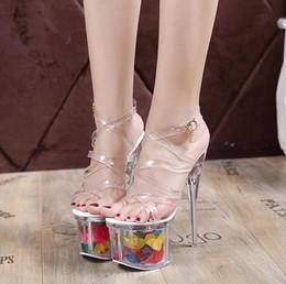 muito mais sexy Desconto Verão Venda Quente de Cristal das Mulheres Ultra Muito Salto Alto Europeu Plataforma Europeia Transparente Sandálias Sapatos de Casamento Sexy