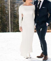 Weißes schaufelhals-t-shirt online-Elegante einfache Satin-Brautkleider mit langen Ärmeln Scoop Neck White Braut Brautkleider Saudi-Arabien Brautkleider nach Maß