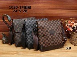 Wholesale fiber business - 2018 Famous Brand Leather Men Bag Briefcase Casual Business Leather Mens Messenger Bag Vintage Men's Crossbody Bag bolsas male wallets A009