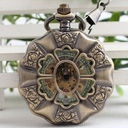 Wholesale American Pocket Watch - European And American Style Fashion Retro Hand Winding Mechanical Pocket Watch Men And Women Gifts 3JX152