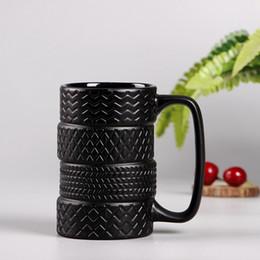 300 ml Kreative Reifen Stil Tassen Große Kapazität Keramik Mack Tassen Persönlichkeit Milch Tee Kaffeetasse rutschfeste Büro / Home Wasser Tasse von Fabrikanten