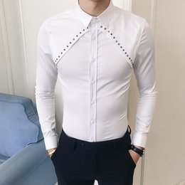 kleid schwarze hemden neuer entwurf Rabatt Loldeal Herbst neue langärmelige Männer sozialen Shirt Kleid schlank fit Niet Design solide Smoking Shirt schwarz weiß