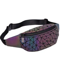 2019 mini saco cruzado em couro rosa 2018 novo pacote de fanny bolsas das mulheres bolsa de laser geometria luminosa no peito bolsa de cintura mulheres cinto saco de cintura bum perna pacote