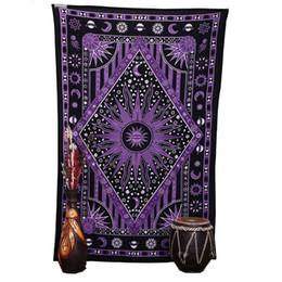 Arte hippie online-2018 Purple Burning Sun Wall Arazzo Celestial Sun Moon Planet Stampe Mandala Arazzi Hippie Bohemian Beach Towel Wall Art Coperta