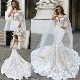 Wholesale tulle bridal capes - Gorgeous Mermaid Lace Wedding Dresses With Cape Sheer Plunging Neck Bohemian Appliqued Plus Size Bridal Gown Vestidos De Nnovia