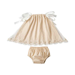 Wholesale Wholesale Baby Swings - 2018 New Style Europe Baby Girls Clothing Set Pillow Sleeve Top Bloomer Set for Kids Fashion Party Gold Lace Trim Swing Girls Clothes