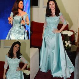2019 mãe chá de noiva vestido de comprimento verão Elegante Luz Azul Mãe da Noiva Vestidos Colher Pescoço Meia Manga Rendas Frisado Até O Chão De Seda Sereia Mãe Vestidos de Noiva Vestido de Noiva