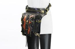 Sacchi di messaggero teschi online-2018 Punk Uomo Donna Skull Rivet Marsupio Steampunk Tasca Nero Tracolla Borsa a tracolla Moda Moto Messenger Borse DHL libero G215S
