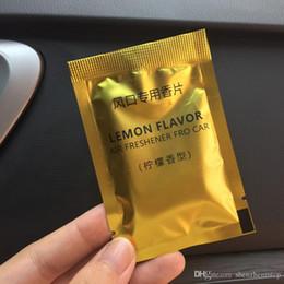 Araba Kokulu pamuk klima çıkış parfüm takviyesi şeftali okyanus katı parfüm Araba Parfüm hapları Hava Spreyi çanta başına 2 adet nereden