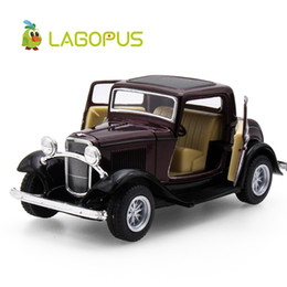 Wholesale ma year - lagopus 1:32 Scale Classic Car Toys For Children Car Styling 3-Window Coupe Metal Pull Back Model Toy Collection Gift X-mas