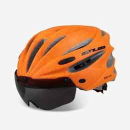 Wholesale outdoor bike cycling helmet - 5 Colors Men Bicycle Helmet With 2 Lens Outdoor Mountain Bike Integrally Molded Lady Cycling Helmet With Glass K80 Plus