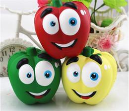 2020 simulazione frutta ortaggi giocattoli Divertente verdura Squishies Chilli Squishy Pepper Jumbo Slow Rising Fruit Squeeze Green Toy Simulazione Chili Y123 simulazione frutta ortaggi giocattoli economici