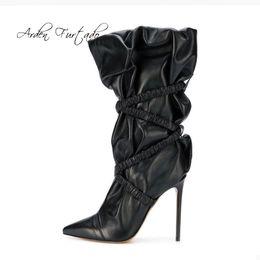 Botas de invierno de gran tamaño para mujer online-Arden Furtado 2018 primavera otoño invierno stilettos tacones altos 12 cm plisados botas de becerro med tamaño grande zapatos señoras botas de moda nueva
