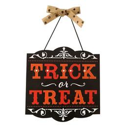 Holz Trick Treat Board Halloween Hängende Tür Dekorationen Anhänger Wandschilder Party Dekorationen von Fabrikanten