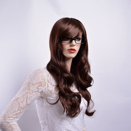 Xiu Zhi Mei parrucche lunghe ondulate color marrone con frangia naturale parrucche sintetiche a pelo pieno per le donne fibra resistente al calore cheap long wavy hair bangs da bandiere lunghe ondulate fornitori
