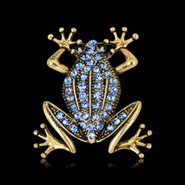 gem wedding Australia - Wholesale Blue Gem Frog Pin Brooch Designer Brooches Badge Metal Enamel Pin Broche Women Luxury Jewelry Wedding Party Decoration