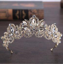 Tiaras für quinceanera online-2018 Pageant Quinceanera Hochzeit Kronen Für Frauen Bling Strass Perlen Haarschmuck Braut Kopfschmuck Tiaras Party Kleider