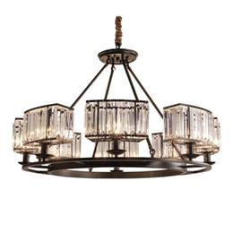 Canada Lustres en cristal américains salon lampes de table en cristal de restaurant lampes suspendues de pays européen lustres de bougie noire Offre
