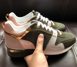 Wholesale metal sneakers - Free Delivery 2018 brands, leather casual shoes, women's sports shoes, men's shoes, leather, metal and sneaker.