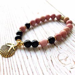 2019 лучшие браслеты для женщин Мода натуральный Родонит браслет розовый женский йога браслет черный оникс браслеты новый дизайн Женские браслеты лучший подарок для нее скидка лучшие браслеты для женщин